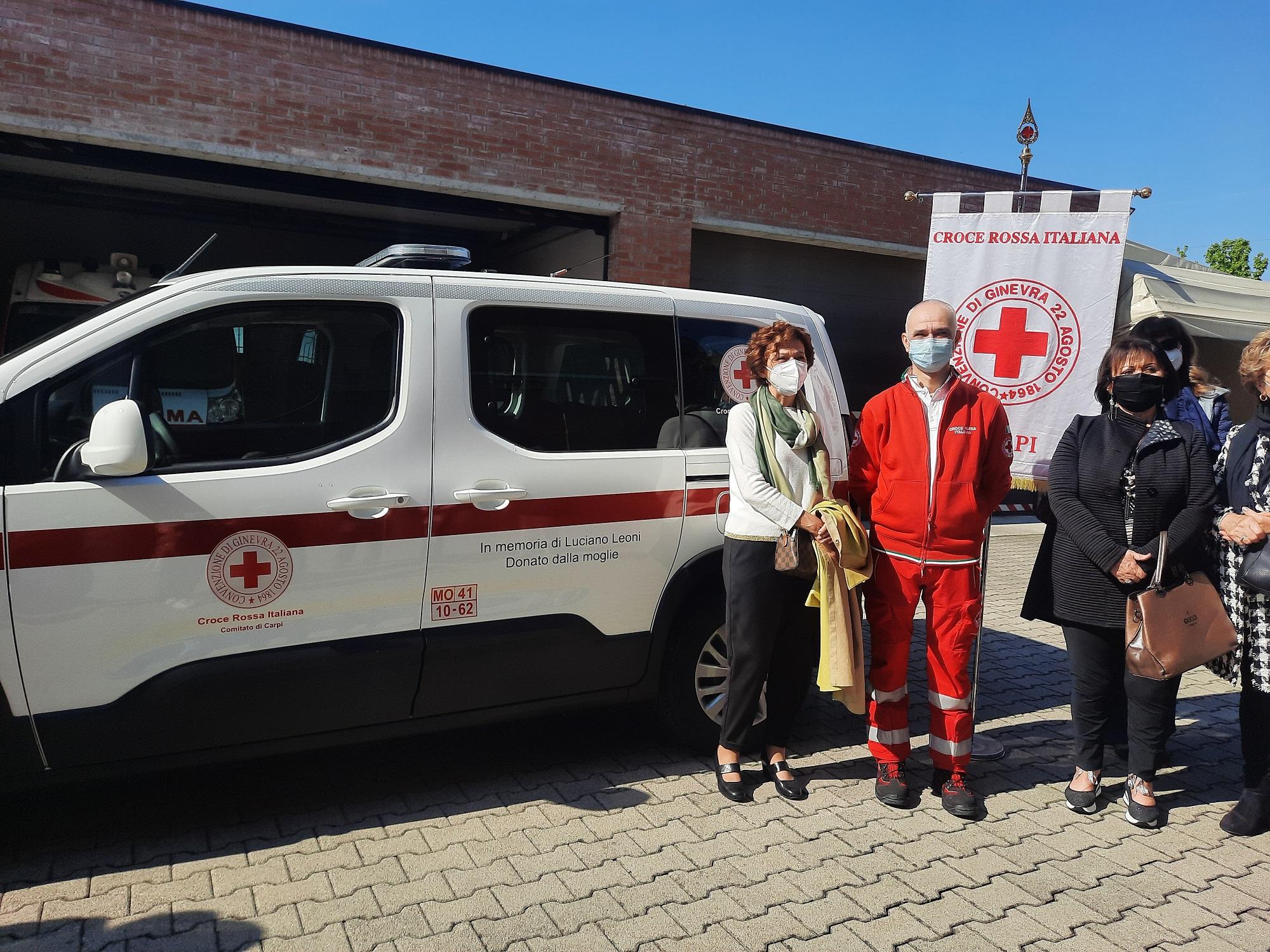 Una nuova auto attrezzata alla Croce Rossa di Carpi