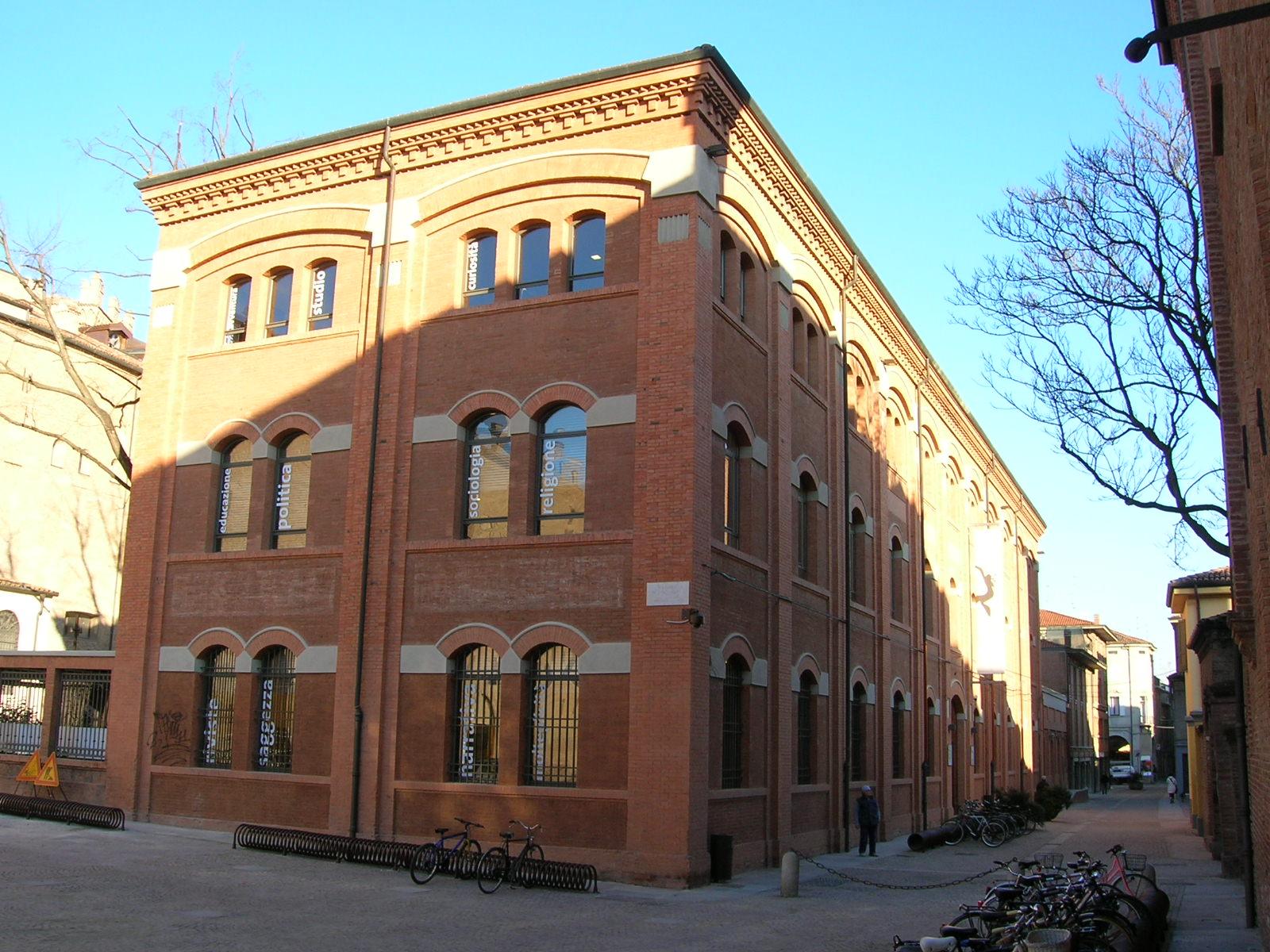 Carpi, riaprono rinnovate le biblioteche comunali