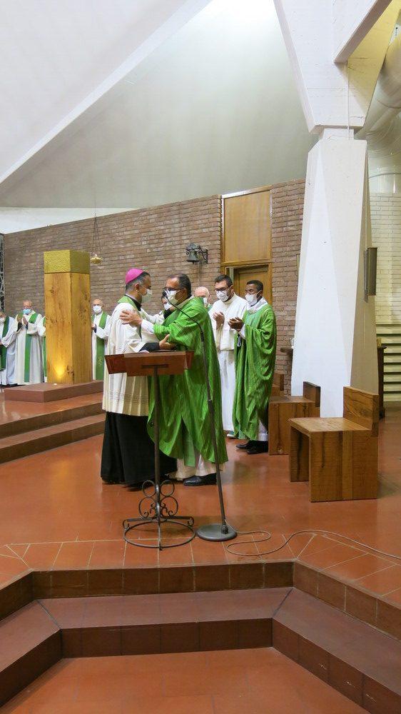 Carpi – L'ingresso di don Carlo Bellini e don Francesco Tsiarosoa in San Giuseppe Artigiano